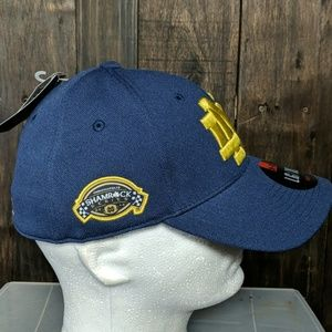 a0ac8dec73d Under Armour Accessories - New Notre Dame L XL fitted hat Shamrock series